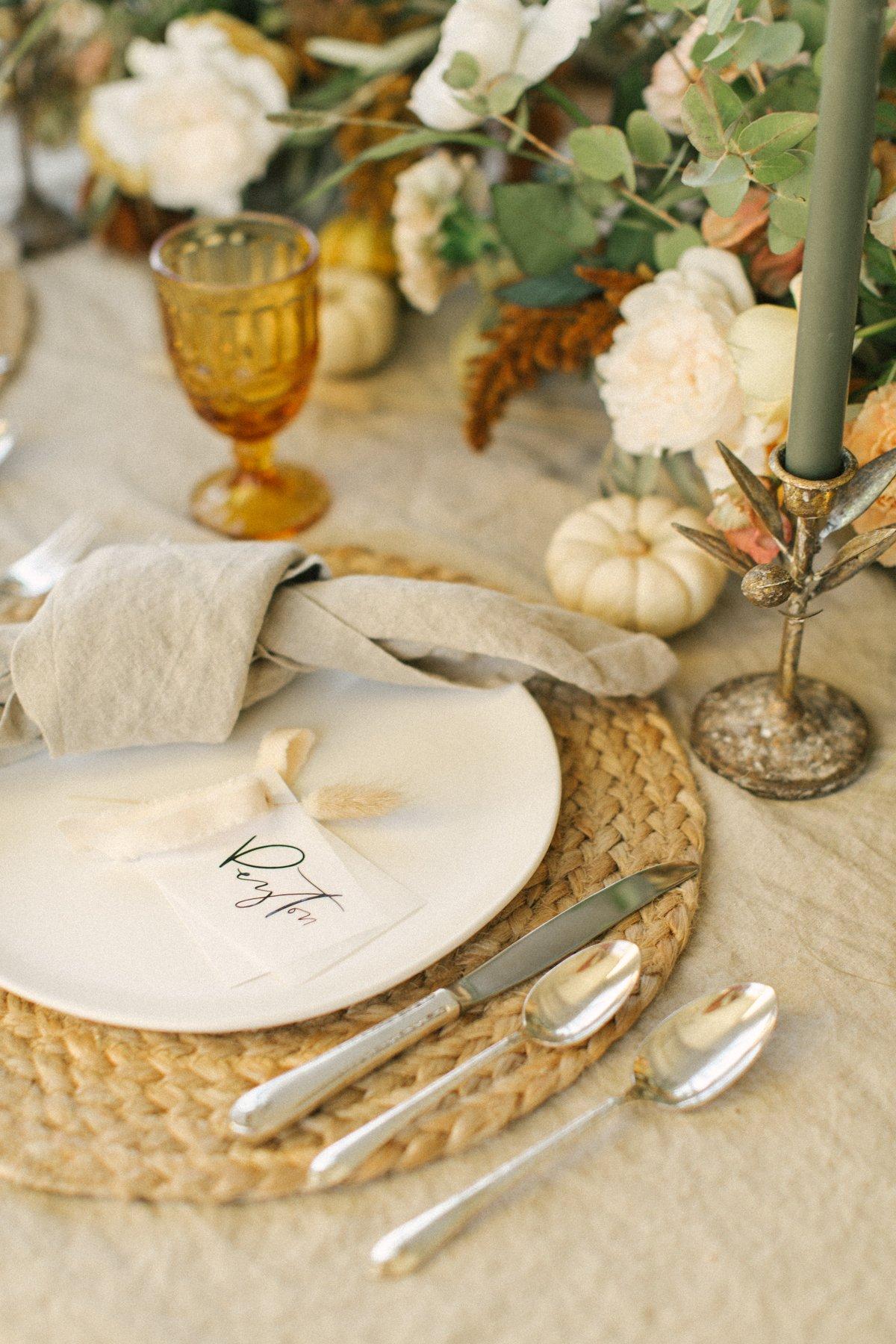 Friendsgiving table decor-9462